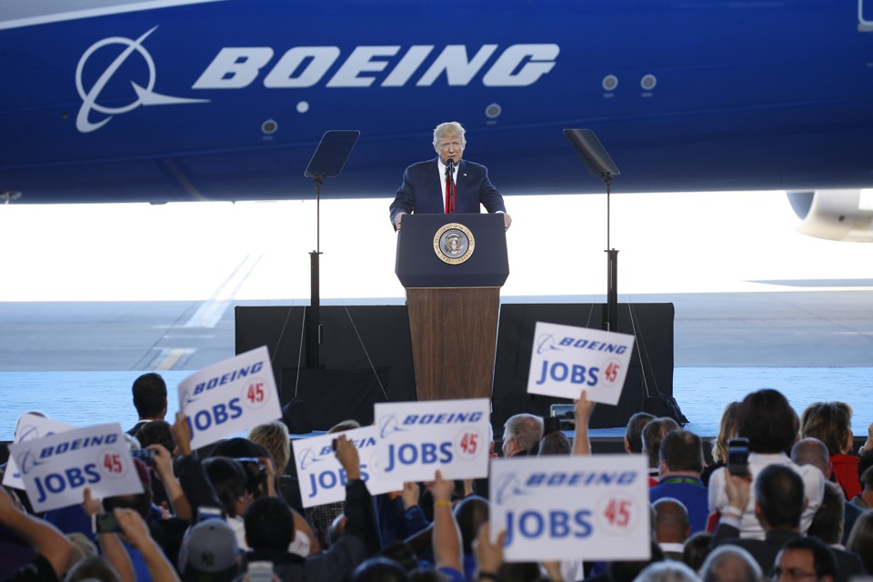 U.S. President Donald Trump speaks at the debut of the Boeing South Carolina Boeing 787-10 Dreamliner in North Charleston, South Carolina, U.S., February 17, 2017. REUTERS/Kevin Lamarque  - RTSZ77M